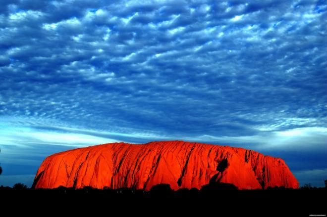 Скала Улуру Австралия