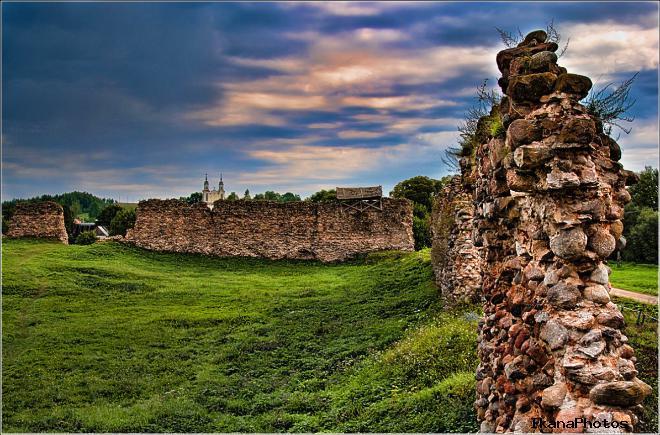 Замок в Крево легенды