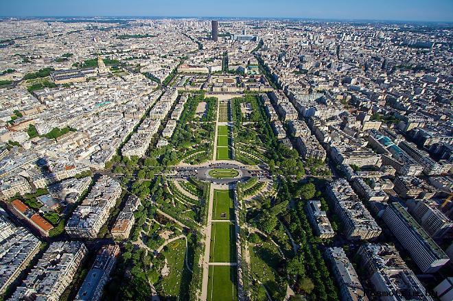 Марсово поле в истории Парижа