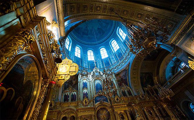 Интерьер Богоявленского собора Елохово