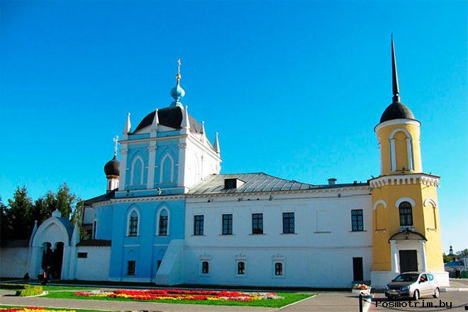 Свято-Троицкий Ново-Голутвин монастырь Коломна