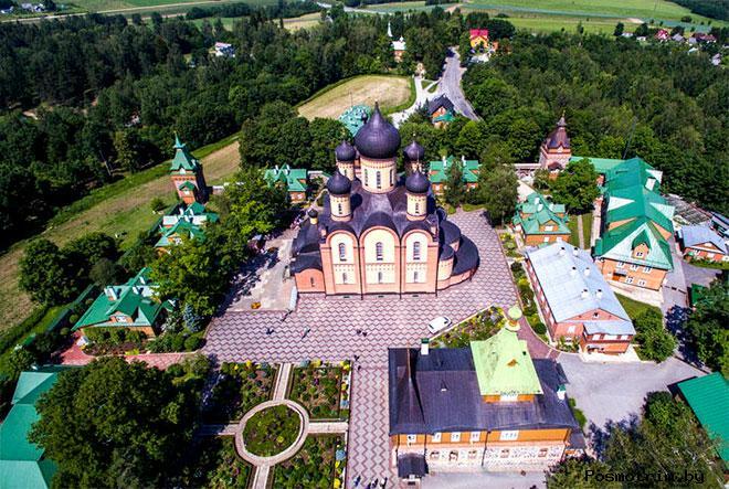 Ансамбль Пюхтицкого монастыря