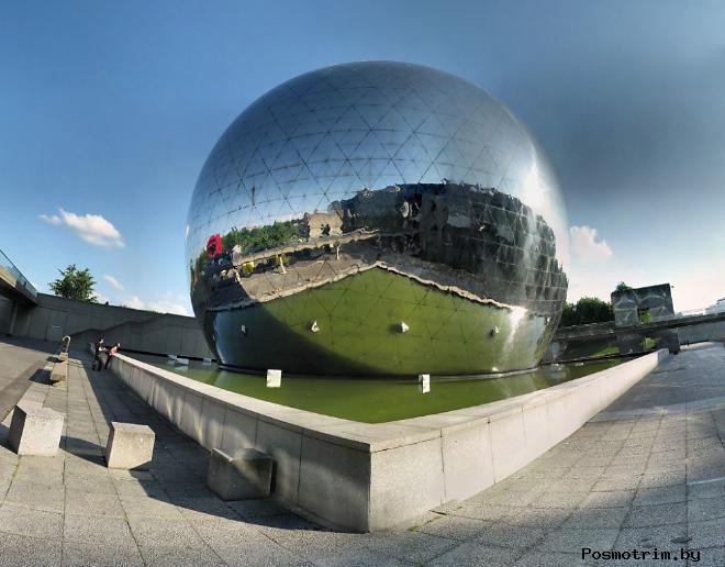 Парк развлечений Ля Виллет (La Villette) город науки и техники в Париже