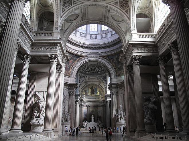 Интерьер Пантеона в Париже