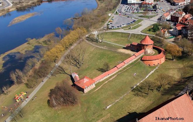 История Каунасского замка воина с Тевтонцами осада и разрушения замка в Каунасе