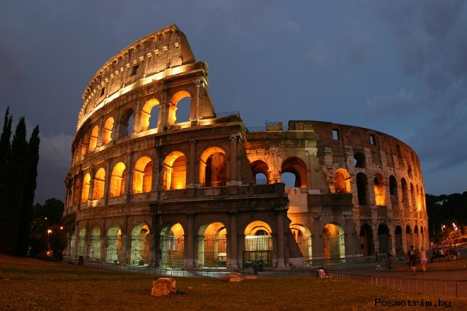 Колизей в Риме Италия - Амфитеатр Флавиев