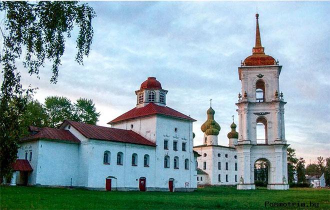 Соборная площадь Каргополь