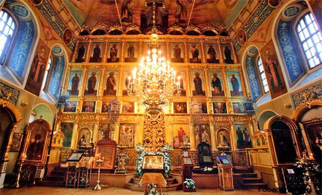 Интерьер храма Николая Чудотворца в Хамовниках
