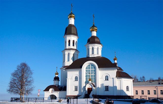 Успенский храм Архангельск
