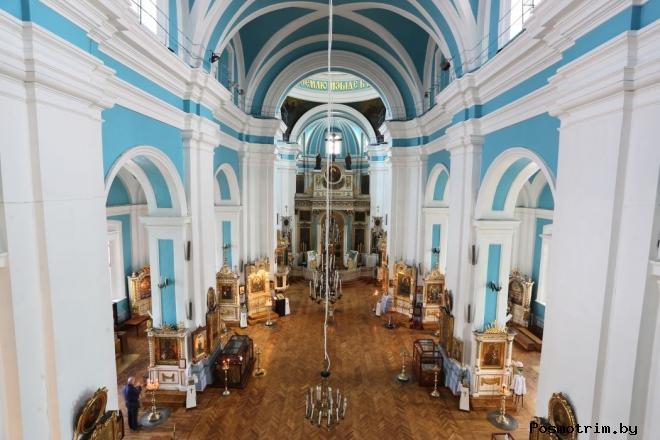 Князь-Владимирский собор внутри