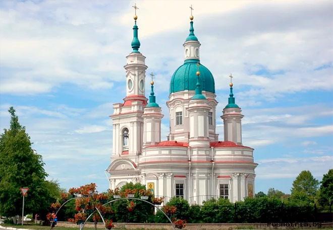 Строительство Екатерининского собора в Кингисеппе