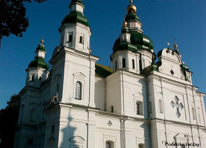 Архитектура Свято-Троицкого собора Чернигова