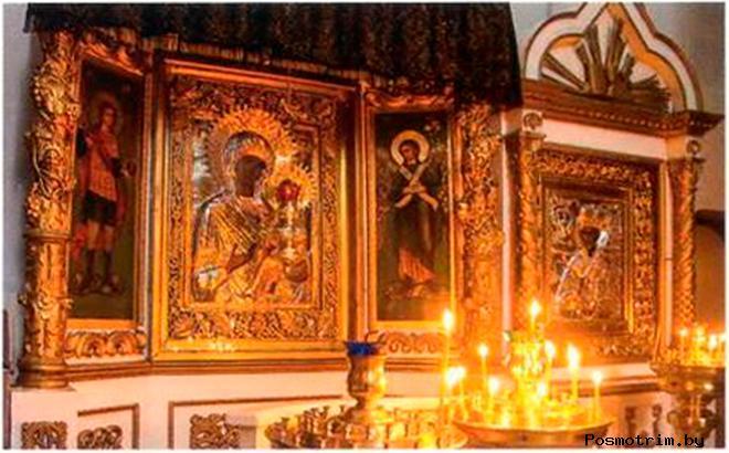 Тихвинская икона Божией Матери в Троицком соборе Пскова