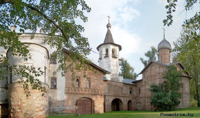 Ансамбль Благовещенской и Михайло-Архангельской церквей на Торгу в Новгороде