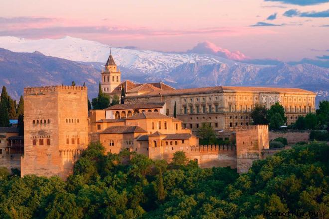 Дворец Альгамбра Гранада Испания
