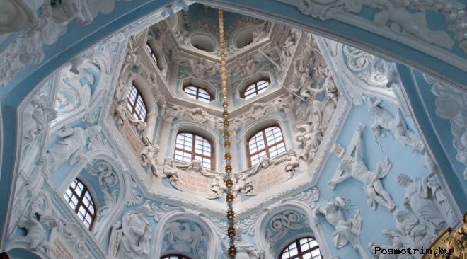 Знаменская церковь в Дубовницах внутри