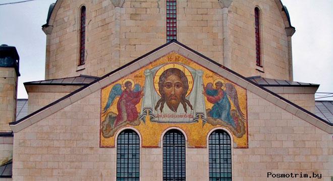 Мозаичные иконы Троицкого храма в Балакове мастерской В. А. Фролова