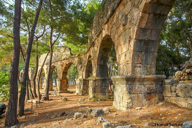 Руины города Фазелис Кемер Турция