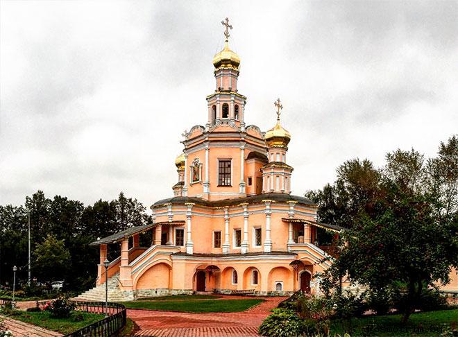 Строительство храма Бориса и Глеба в Зюзино