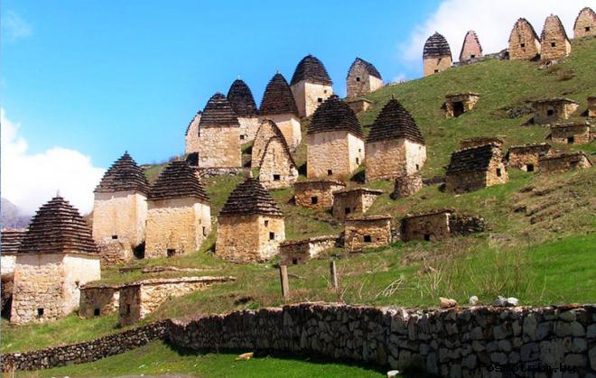 Город мёртвых в Северной Осетии