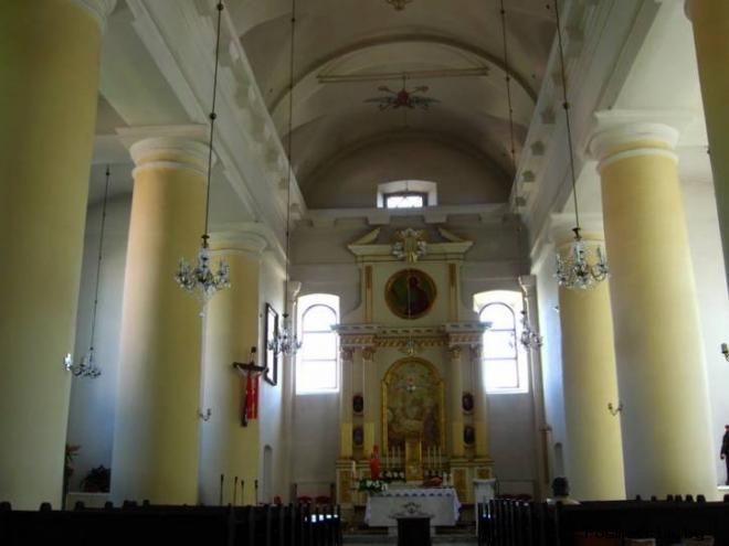 Интерьер храма Рождества Пресвятой Девы Марии в Борисове