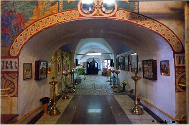 Интерьер храма Иоанна Богослова в Костроме
