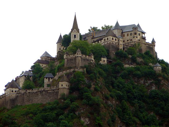 Замок Гохостервитц Австрия