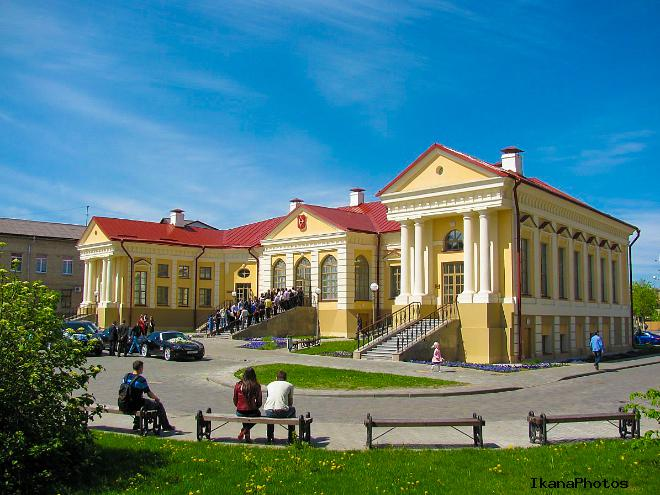 Дворец Бутримовича Пинск фото история описание дворца в Пинске