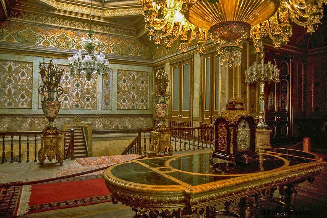 Субординация женщин султана в гареме