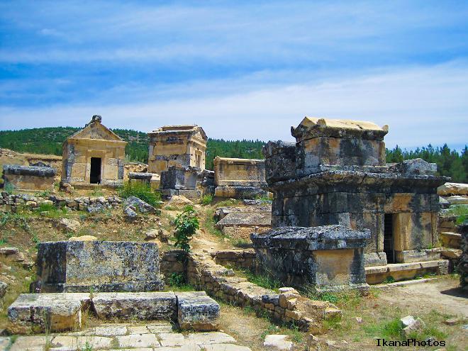 Некрополь города Иераполиса (Хиераполис) в Памуккале Турция
