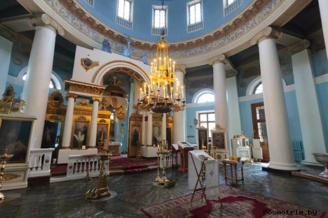 Интерьер Скорбященской церкви на Ордынке