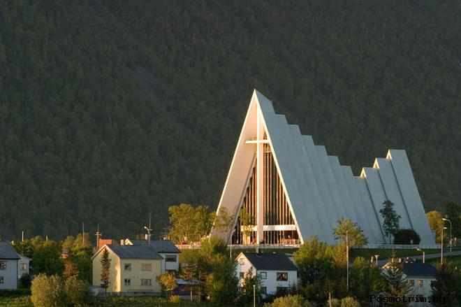 Арктический собор Тромсе Норвегия (Ishavskatedralen)
