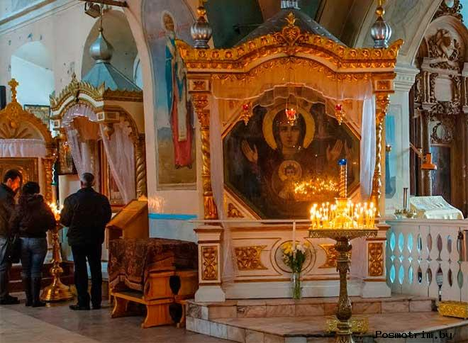 Икона Божией Матери «Знамение» в Знаменском соборе Тюмени