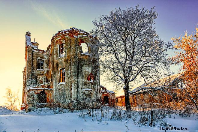 Смолянский замок Белый Ковель