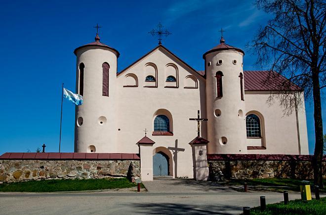 Костел Святого Николая крестителя в Камаях