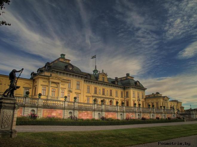 Дворец Дроттнингхольм Швеция