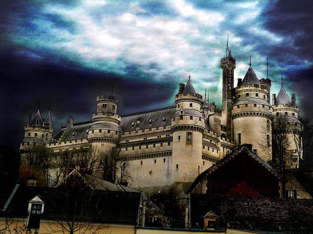 Замок Пьерфон Франция