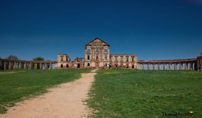 Полнейший упадок местечка и Ружанского замка