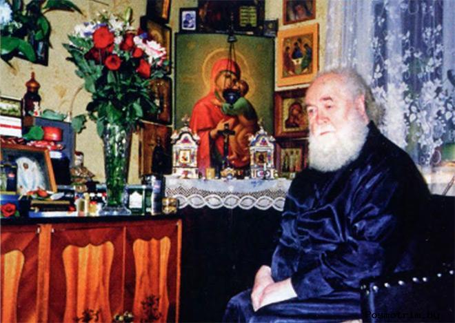 Протоиерей Василий Изюмский