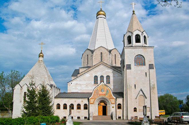 Строительство Троицкого храма в Балаково