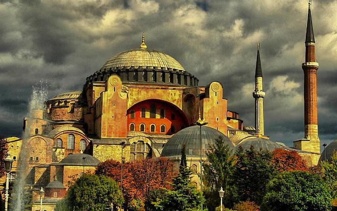 При Ататюрке мечеть Айя-Софии становится музеем