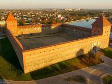 Лидский замок Беларусь фото история замка Гедемина в Лиде