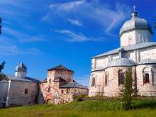 Крестный монастырь на острове Кий