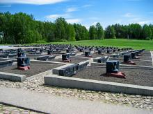 Мемориальный комплекс Хатынь - трагическое напоминание об ужасах войны
