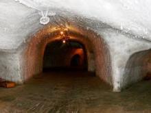 Ледяные пещеры Ямала в селе Новый Порт