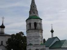 «Падающая» колокольня в Кидекше