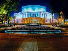 Расположение театра оперы и балета
