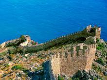Крепость в Алания Турция | Крепость Клеопатры | Пиратская Крепость фото и история древней крепости